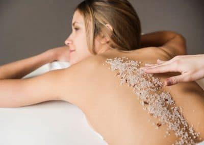 Perfect polish – Ексфолираща терапия за сатенена кожа